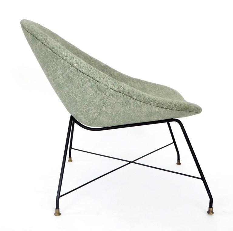 Augusto Bozzi for Saporiti Italia Pair of Italian Lounge Chairs  For Sale 4