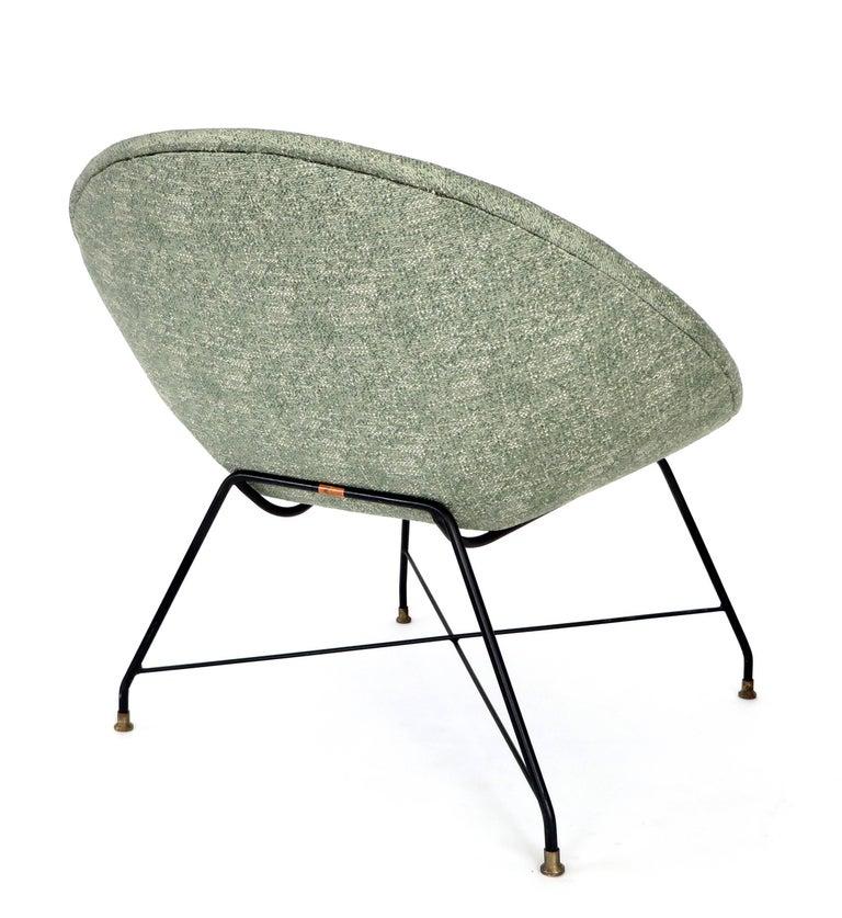 Augusto Bozzi for Saporiti Italia Pair of Italian Lounge Chairs  For Sale 1