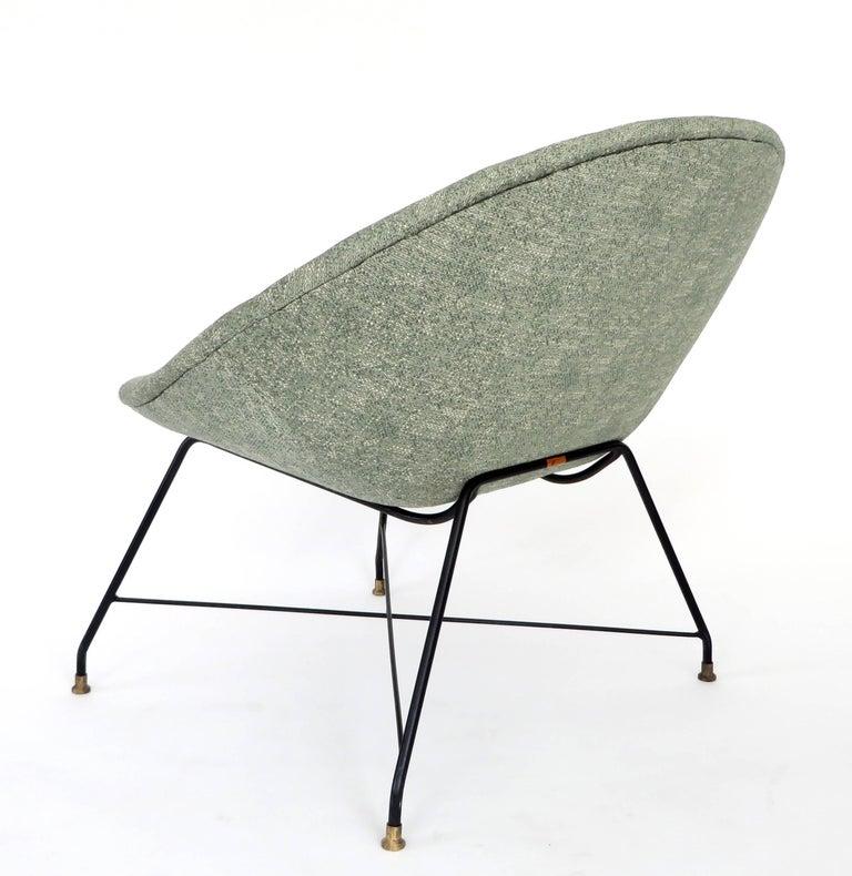 Augusto Bozzi for Saporiti Italia Pair of Italian Lounge Chairs  For Sale 3