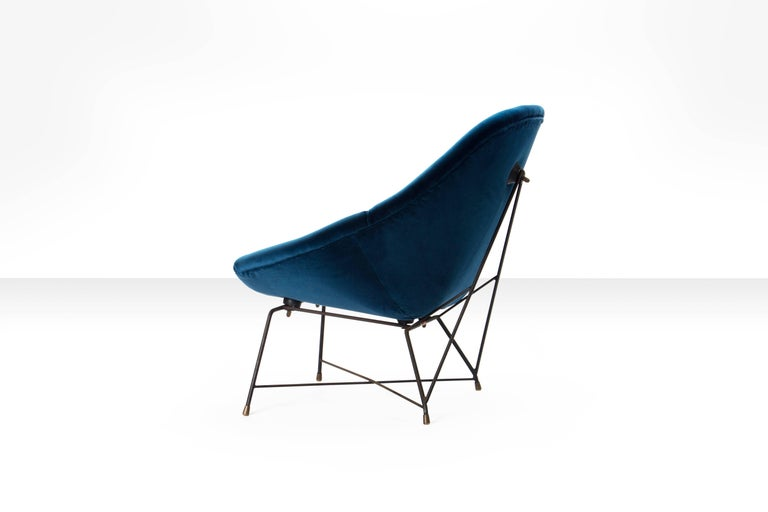 Mid-Century Modern Augusto Bozzi 'Kosmos' Chair for Saporiti in Blue Velvet, Italy, 1956 For Sale
