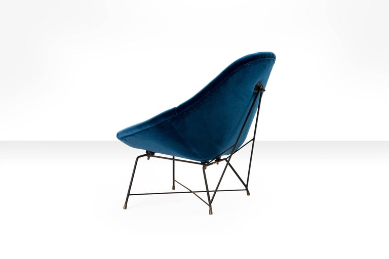 Italian Augusto Bozzi 'Kosmos' Chair for Saporiti in Blue Velvet, Italy, 1956 For Sale