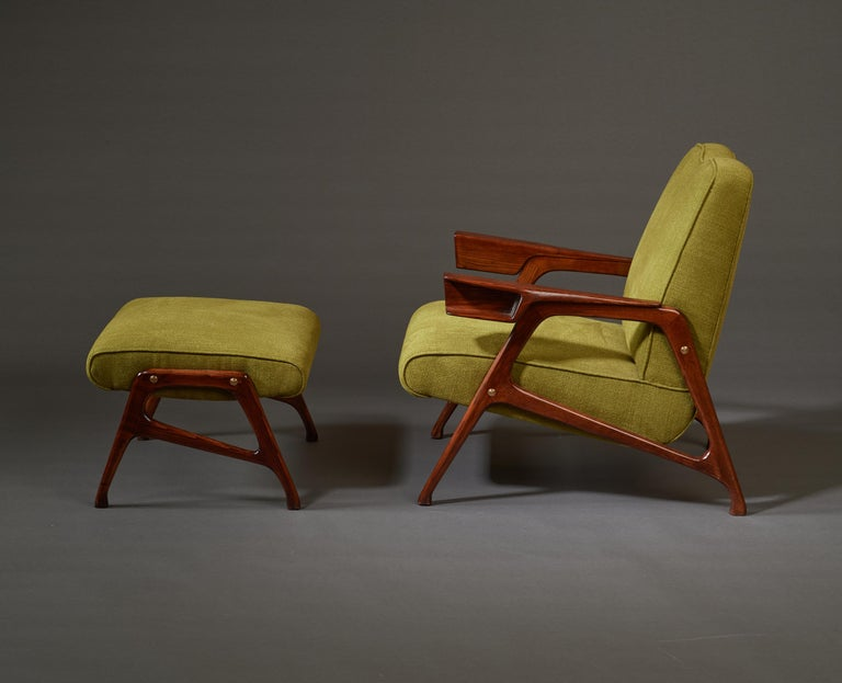 Augusto Romano, Architectural Mahogany Armchair and Ottoman, Italy, 1950s In Good Condition For Sale In New York, NY