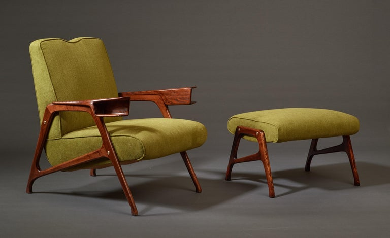 Augusto Romano, Architectural Mahogany Armchair and Ottoman, Italy, 1950s For Sale 1