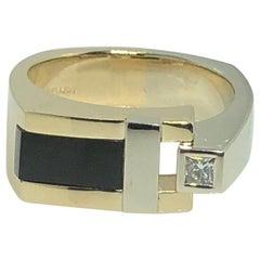 Aurum 14 Karat Two-Tone Diamond and Onyx Contemporary Ring