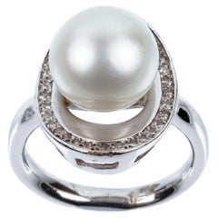 Australian Pearl Shell Ring in 18 Karat White Gold and Diamonds