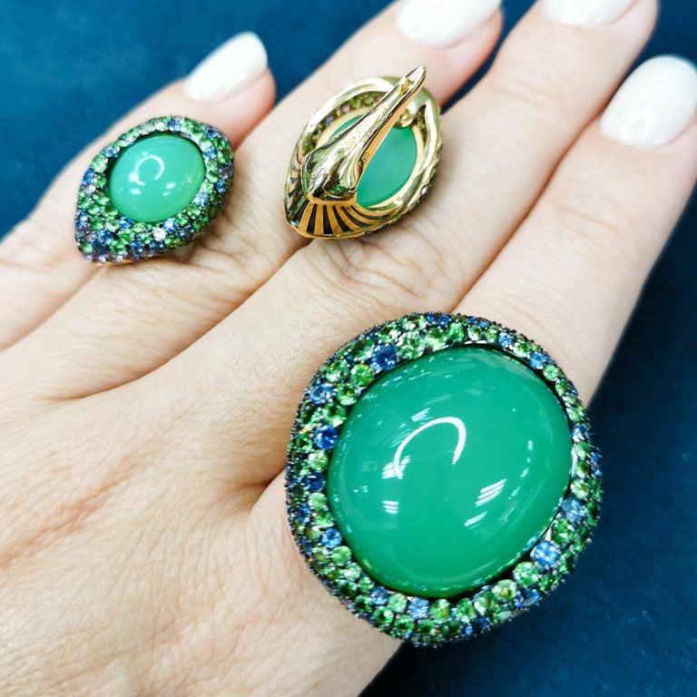 Women's Australian Chrysoprase Sapphires Tsavorites 18 Karat Yellow Gold Suite For Sale