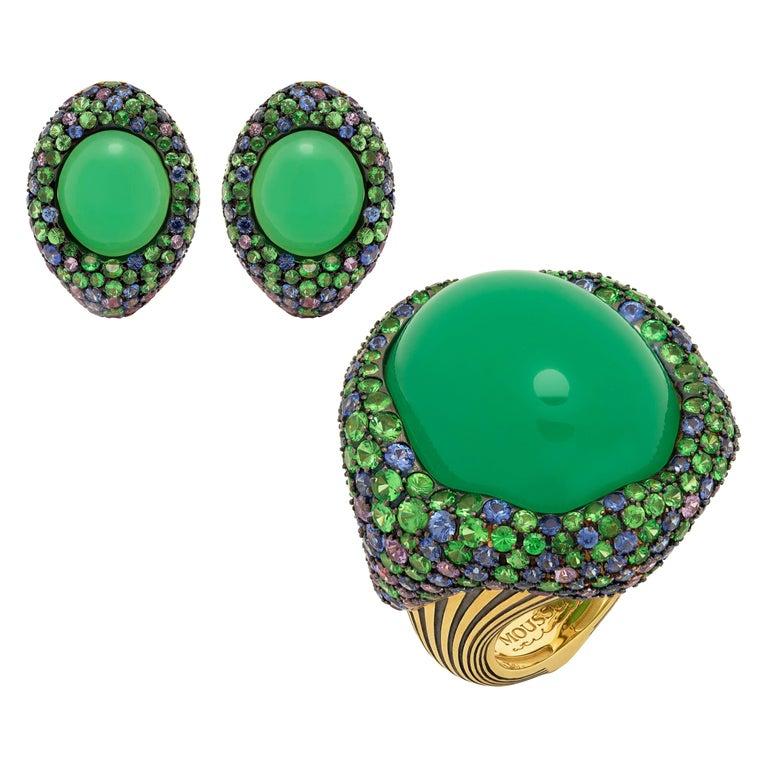 Australian Chrysoprase Sapphires Tsavorites 18 Karat Yellow Gold Suite For Sale