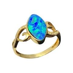 Australian Opal Ring 18k Yellow Gold