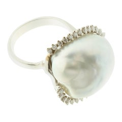 Australian Pearl and Diamond Ring in 18 Karat White Gold
