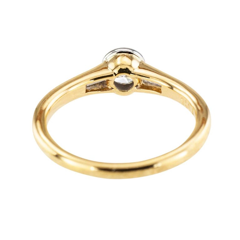 Round Cut Austrian 0.42 Carat Diamond Yellow Gold Engagement Ring For Sale