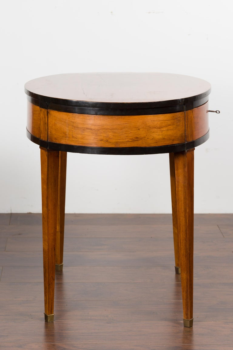 Austrian 1840s Biedermeier Oval Top Table with Drawer and Ebonized Accents For Sale 6