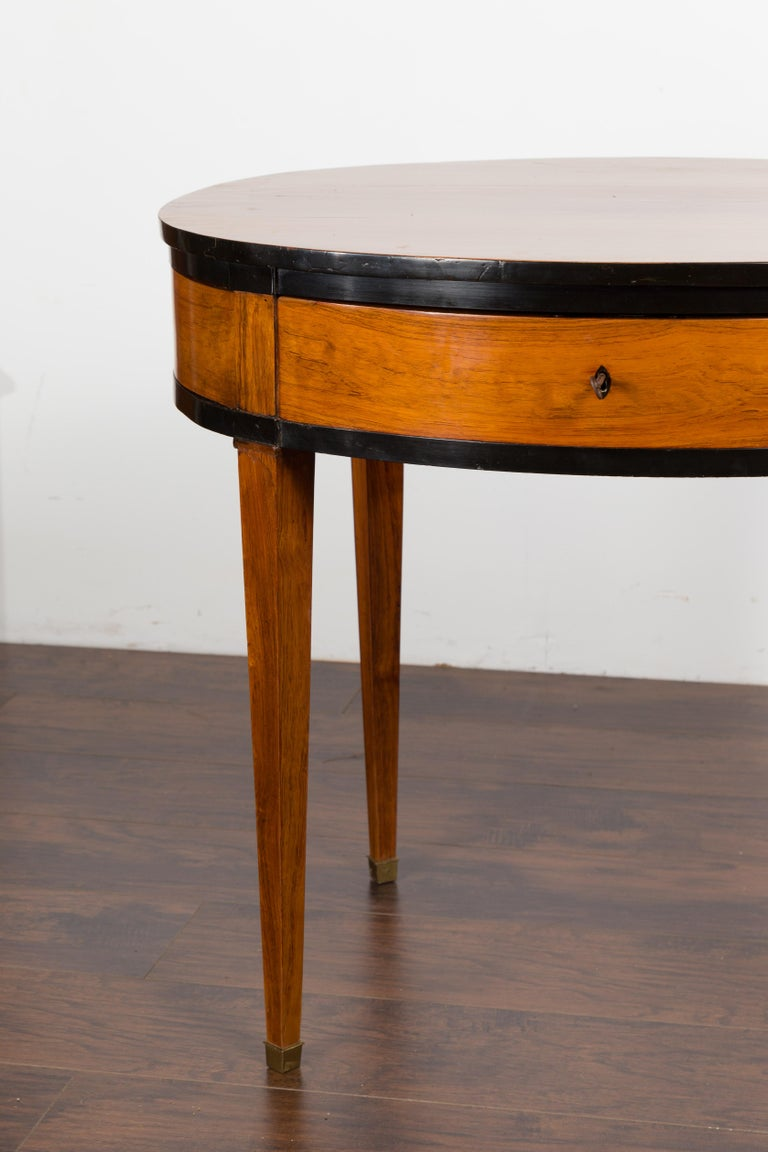 Austrian 1840s Biedermeier Oval Top Table with Drawer and Ebonized Accents For Sale 3