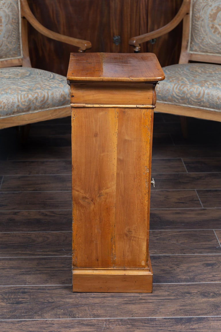 Austrian 1870s Biedermeier Style Walnut Bedside Cabinet with Door and Drawer For Sale 5
