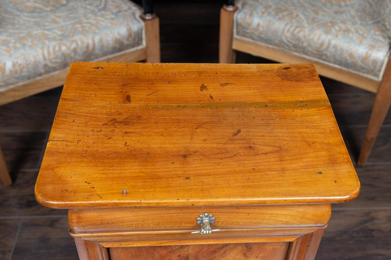 Brass Austrian 1870s Biedermeier Style Walnut Bedside Cabinet with Door and Drawer For Sale
