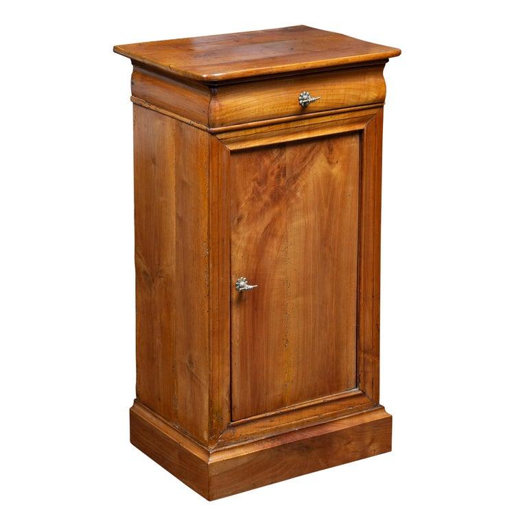 Austrian 1870s Biedermeier Style Walnut Bedside Cabinet with Door and Drawer For Sale
