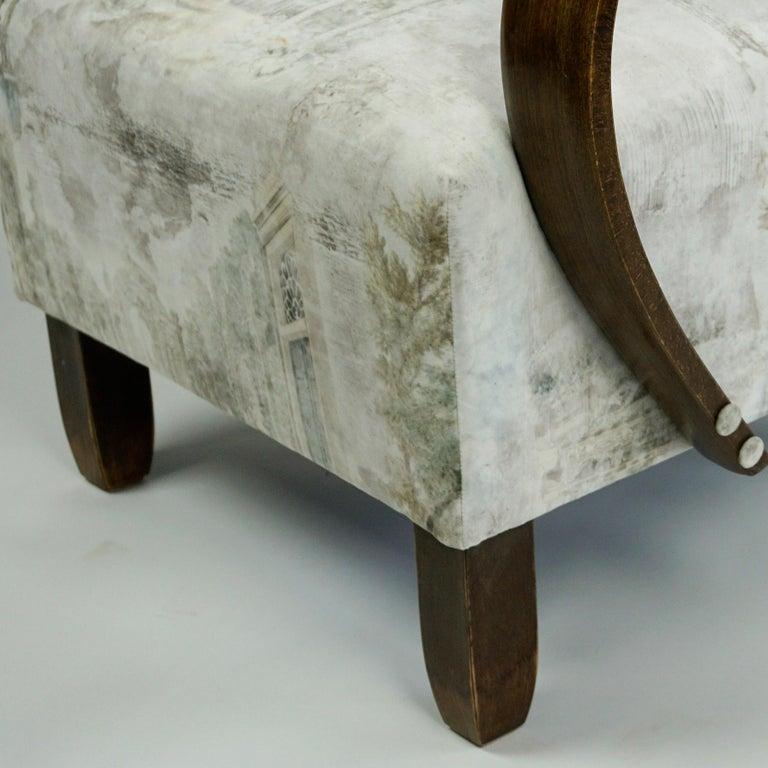 Austrian Art Deco Beechwood Armchair with Renewed White and Light Grey Velvet For Sale 8