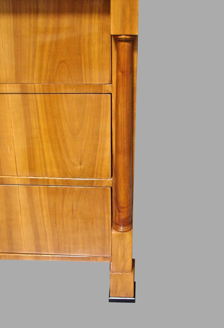 Mid-19th Century Austrian Biedermeier Fruitwood Three-Drawer Chest with Columnar Details For Sale