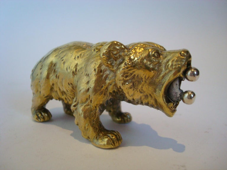 Austrian Bronze Bear Cigar Cutter, ca 1900´s In Good Condition For Sale In Buenos Aires, Olivos