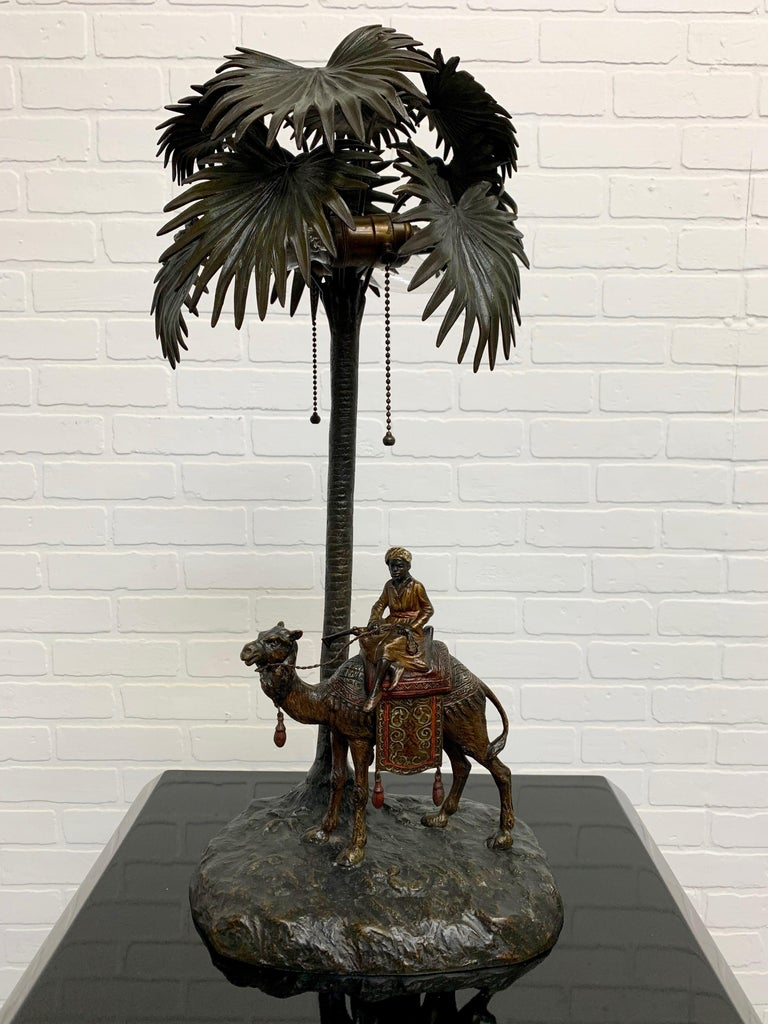 Austrian Cold Painted Bronze Orientalist Lamp Attributed to Bergman For Sale 1