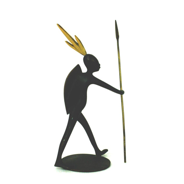 Austrian Midcentury African Warrior Bronze and Brass Sculpture by Hagenauer In Excellent Condition For Sale In Vienna, AT