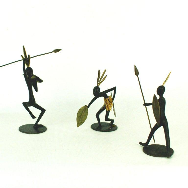 Austrian Midcentury African Warrior Bronze and Brass Sculpture by Hagenauer For Sale 3