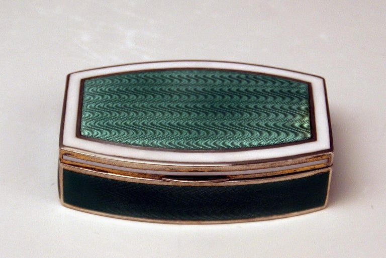 Early 20th Century Austrian Silver Art Nouveau Box White and Green Enameled Georg Adam Scheid 1900 For Sale