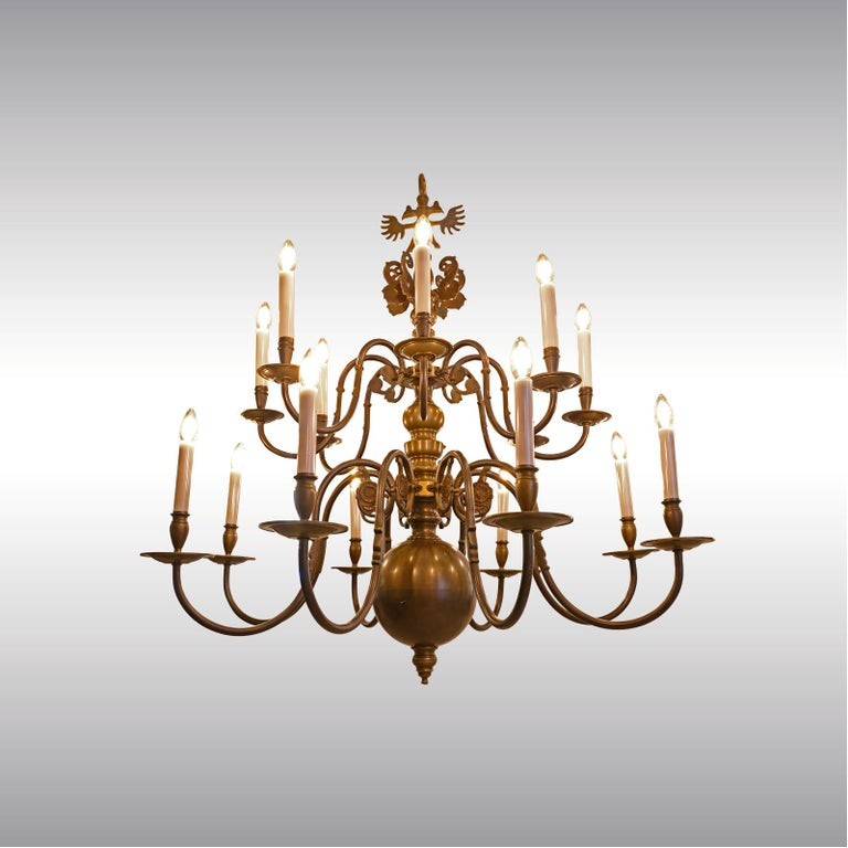Very large Baroque Style Chandelier 1920 / Original Austro-Hungarian In Excellent Condition For Sale In Vienna, AT