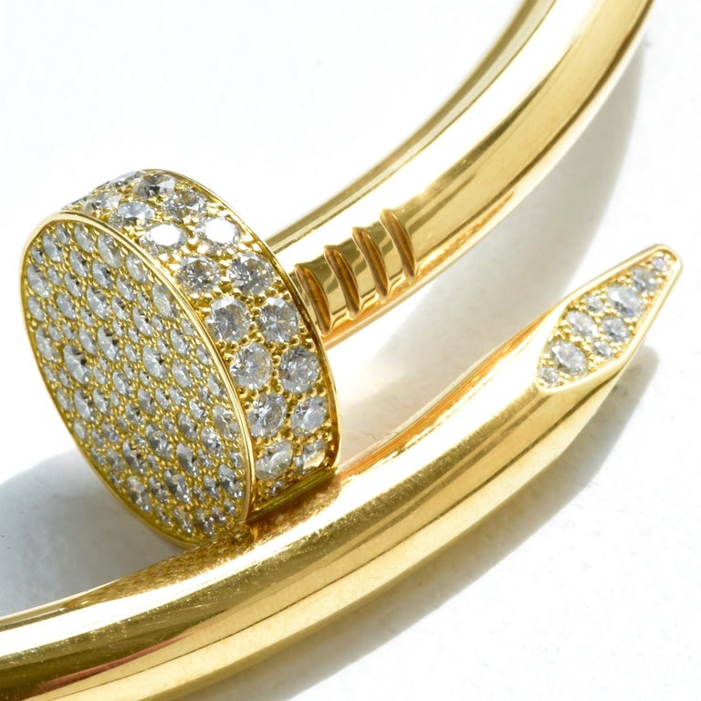 Auth Cartier Juste Un Clou Nail Necklace, 18 Karat Gold, Diamonds, LG. Model In Excellent Condition For Sale In Miami, FL