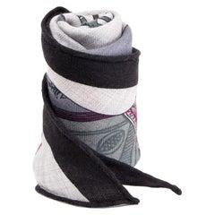 auth HERMES grey cashmere silk TOUT EN CARRE MED LOSANGE Scarf