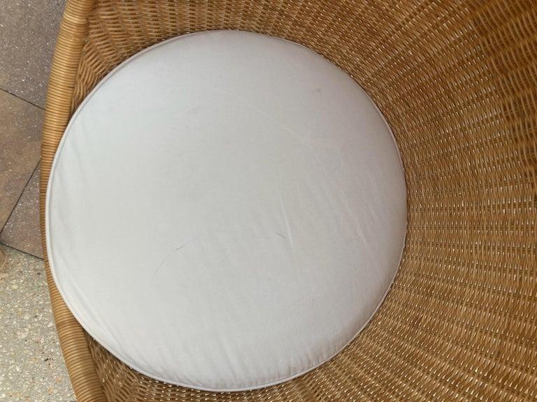 Rare Nanna Ditzel for Bonacina Pierantonio Egg Shaped Hanging Woven Cane Chair For Sale 4