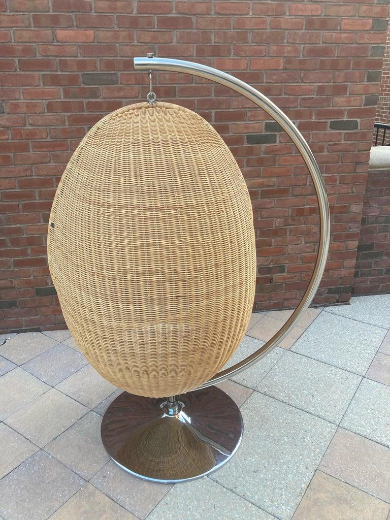 Italian  Rare Nanna Ditzel for Bonacina Pierantonio Egg Shaped Hanging Woven Cane Chair For Sale