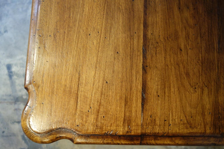 19th Century Mediterranean Style Italian Handcrafted Old Walnut Table Line  For Sale 9
