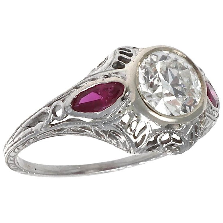 Authentic Art Deco GIA Certified 1 Carat Old European Cut Diamond Ruby Ring For Sale