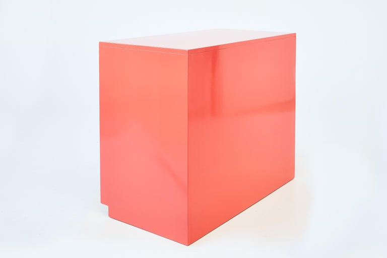 20th Century Authentic Dorothy Draper Espana Chest in Coral Lacquer For Sale
