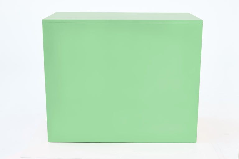 20th Century Authentic Dorothy Draper Espana Chest in Neo Mint For Sale