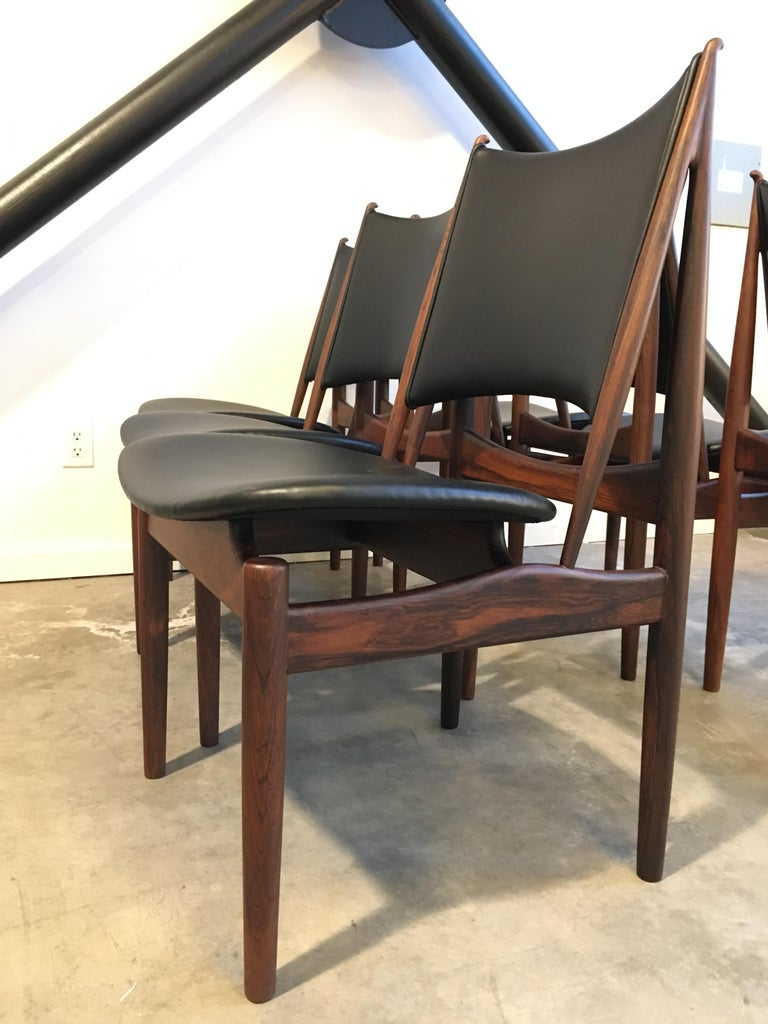 Scandinavian Modern Authentic Finn Juhl Egyptian Chairs for Niels Vodder in Rosewood, Set of Six For Sale