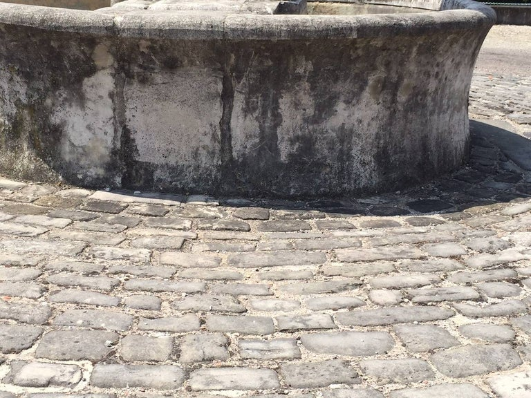 Authentic, original, rare and unique French antique cobblestone 17th century from Paris, France.  The real ones, the real little Parisian streets floors available right now from our warehouse in Los Angeles.  Packed in NIMP15 wood pallets under