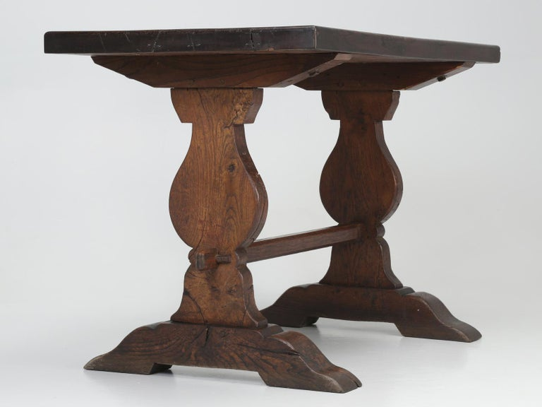 Authentic French Bistro Table in Thick White Oak with a Great Patina For Sale 11
