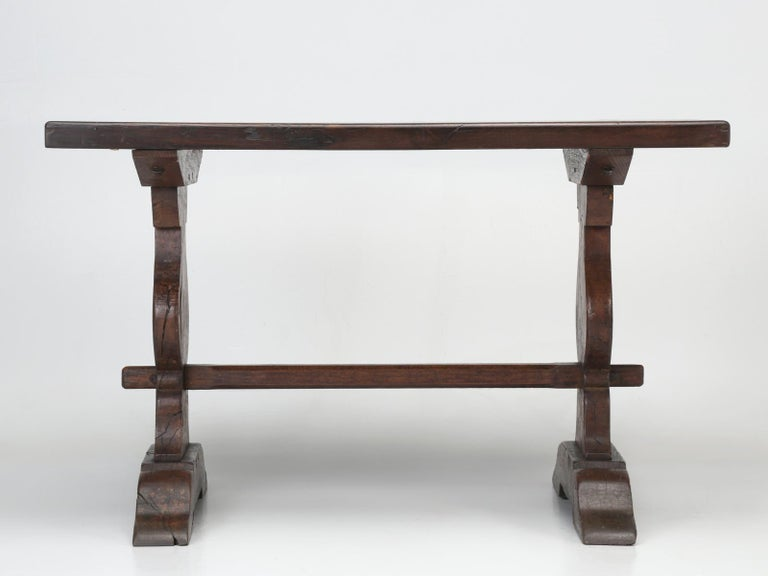 Authentic French Bistro Table in Thick White Oak with a Great Patina For Sale 4