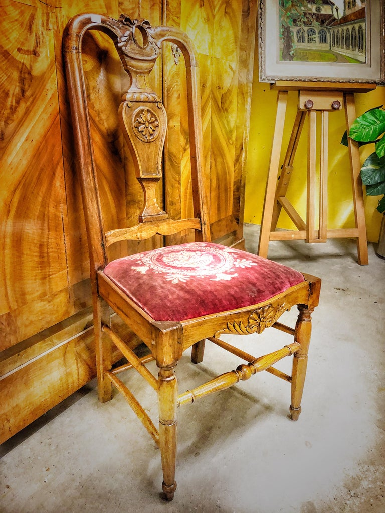 Authentic High Back Carved Walnut Wood Side Chair Velvet Seat, France In Good Condition For Sale In London, GB