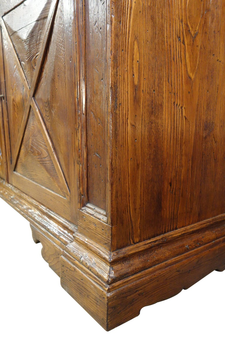 18th Century Style Italian Old Chestnut 2 Door Credenza Sideboard with 2 Drawers For Sale 1