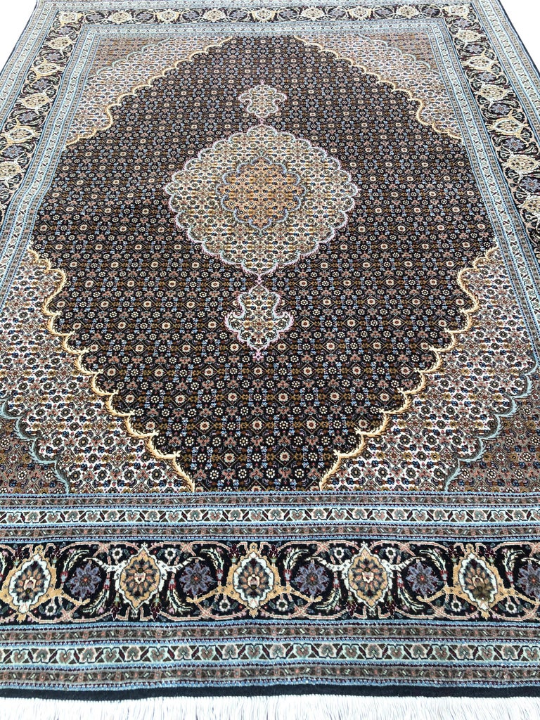 Authentic Persian Hand Knotted Medallion Fish Design 'Mahi' Tabriz Rug For Sale 9
