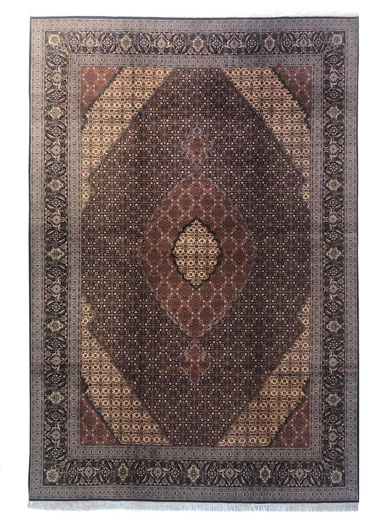Authentic Persian Hand Knotted Medallion Fish Design 'Mahi' Tabriz Rug For Sale 11