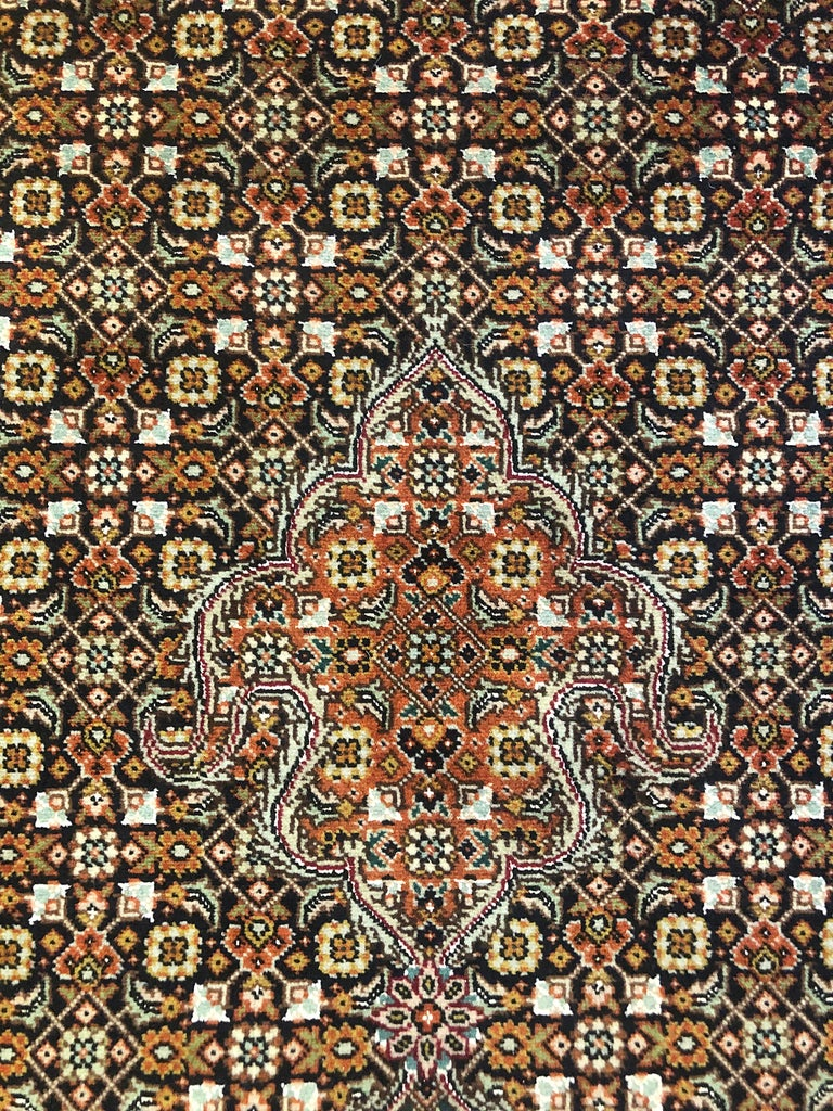 Wool Authentic Persian Hand Knotted Medallion Fish Design 'Mahi' Tabriz Rug For Sale