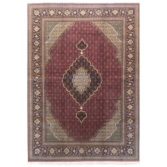 Authentic Persian Hand Knotted Medallion Fish Design (Mahi) Tabriz Rug