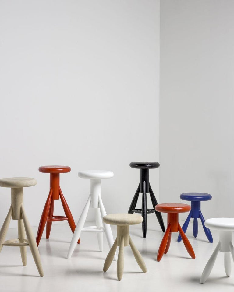 Authentic Rocket Bar Stool in Oak with Black Lacquer by Eero Aarino & Artek For Sale 1