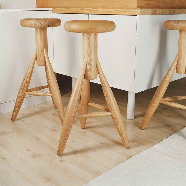 Lacquered Authentic Rocket Bar Stool in Oak with White Finish by Eero Aarino & Artek