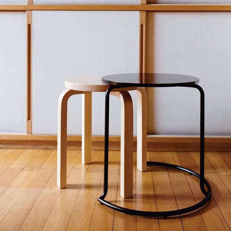 Authentic Stool E60 in Lacquered Birch with Linoleum Seat by Alvar Aalto & Artek In New Condition For Sale In Glendale, CA