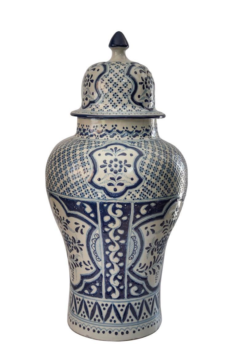 Spanish Colonial Authentic Talavera Decorative Vase Folk Art Vessel Mexican Ceramic Blue White For Sale