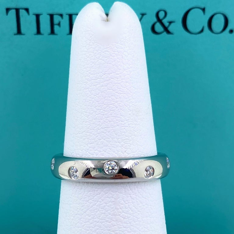 Authentic Tiffany & Co. Etoile Diamond Wedding Band Ring in Platinum In Excellent Condition For Sale In San Diego, CA
